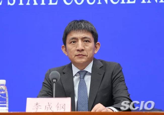 1.1-商务部部长助理李成钢(张馨 摄).webp.jpg